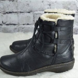 04a250625ea UGG Caspia 1932 Black Leather Shearling Ankle Boot